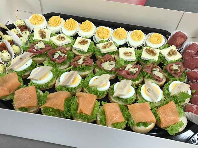 Catering-Ridderhof-koude-hapjes-schalen